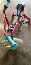 Wonder Woman Bicycle With Training Wheels