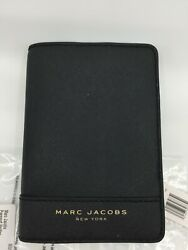 NWT Marc Jacobs Black Leather Passport Holder Men#x27;s Credit Card Case Women#x27;s $54.00