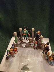 Department 56 A Christmas Carol Reading By Charles Dickens - Dickens Village