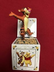 Disney - Winnie The Pooh Adventures In A Box Music Box Collection No.a1409