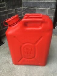New Scepter Red Military Gas Can Mfc 5 Gallon 20 L With New Spout Mil-c-53109