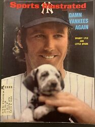 Sports Illustrated August 21, 1972 Sparky Lyle Yankees - Softball Eddie Feigner