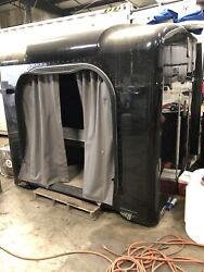 """2014 Unibilt 63"""" Sleeper Fits Peterbilt 389, 379, And More. Great Conditions."""