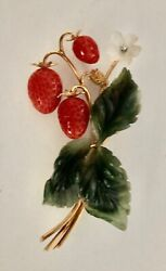 Brooch Pin Vintage Carved 14k Carved Nephrite, Quartz And Coral Strawberry Branch