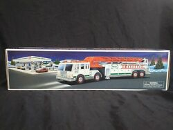 Vtg 2000 Hess Toy Fire Truck - New In Box Christmas Hess Express Gas Station C4