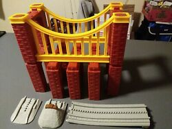 Lionel The Polar Express 7-11371 Little Lines, Lot Of 7 Stone Arches And Bridge ++