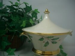 Lenox Holiday Nouveau Gold Covered Vegetable Dish/tureen 11 1/4 Diameter