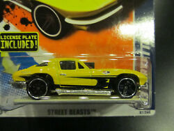 Hot Wheels 2011 Street Beasts 7 Of 10 And03963 Corvette W/ License Plate Included
