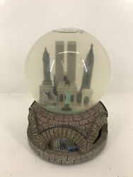 Vintage New York City Rare Macy's Twin Towers Animated Musical Snow Globe Works