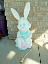 Grand Venture Blow Mold Easter Bunny28