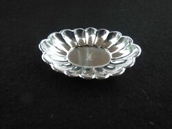 Sterling Silver Butter Pat/nut Dish With Monogram - Oval Scallop Pattern
