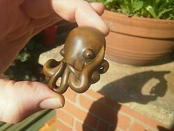 Hand Carved Wood Netsuke Big Head Octopus Collectable Boxwood Figure ...3