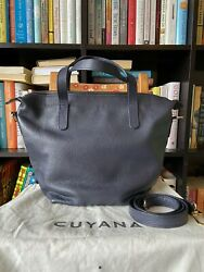 Cuyana Small Carryall Tote In Navy