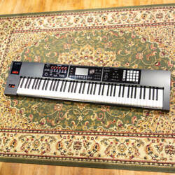 Roland Fa-08 Music Workstation Japan Free Shipping T608