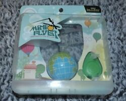 Mukikim Mini Flyer Globe - Infrared Flying Saucer, New In Package
