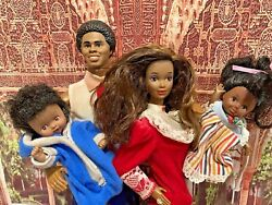 ❤️ Heart Family Aa Barbie Dolls Mom And Dad +2 Toddlers 1986 Mattel ❤️rare Htf