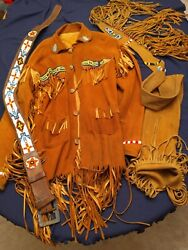 Hand Crafted Vtg Indigenous North American Native Ceremonial Garments Read See