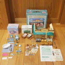 Sylvanian Families Calico Critters Forest Kitchen With Bed And Bathroom Set Good