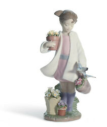 Lladro Girl With Flowers Delicate Nature Figurine 01008240