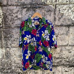 Hawaiian Shirt By Sundrenched Excellent Condition. Soft Silky Smooth Feel Rayonandnbsp