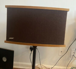 Bose 901 Series Iv Speakers + Tulip Stands + Equalizer