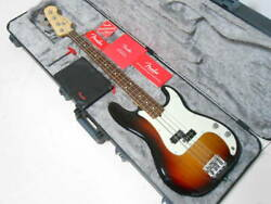 2017 Fender Usa American Professional Precision Bass With Hard Case