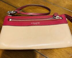 coach wristlet for women used $17.50