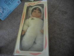 Rare 19 Lissi Doll Limited Edition White Bunny With Box Dark Hair Vintage A+