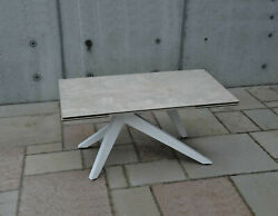 Table With Plan Glass Finished Ceramics, 2 Extending From 15 11/16in, Item 01