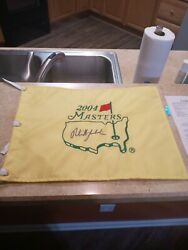 Phil Mickelson Pga Golf Signed Official 2004 Masters Pin Flag Jsa Letter Bb23697