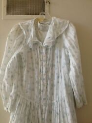 Vintage Eileen West For Queen Anneand039s Lace Matching Robe And Nightgown Medium