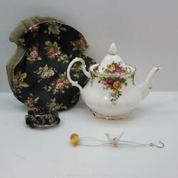 Royal Albert Old Country Roses Teapot Vintage 1962 Bone China 6 Cup W/ Lid