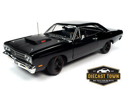 1/18 American Muscle 1969 Plymouth Rr Hardtop Mcacn By Auto World Aww1232