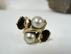Vintage Designed 14k Yellow Gold Garnet And Pearl Ring - Size 6.5