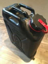 New Scepter Black Military Gas Can Mfc With New Spout Mfc 5 Gallon / 20 L