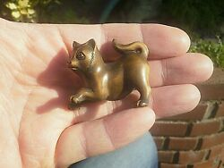 Hand Carved Wood Netsuke Cat Or Kitten Playing Collectable Boxwood Figure ..2