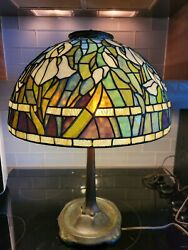 Brian Rowe Leaded Stained Glass Floral Lamp Signed And Dated 1977 American Made