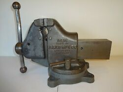 Vintage Reed Mfg Co No. 1c, 3 1/2 Combo Pipe And Bench Vise With Swivel Base.