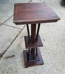 Antique Oak Solid Wood Pedestal Plant Stand Fern Table 33 Inches Tall Local Pu
