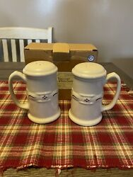 """Longaberger Woven Traditions Stovetop Shakers Traditional Red """"new In Box"""""""