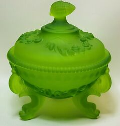Vintage Westmoreland Green Satin Sea Shell Candy Dish Glass.