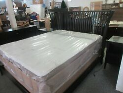 Vermont Tubbs Hand Crafted Slat Back Queen Bed Frame Dresser And 2 Nightstands 🛌