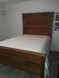 Antique Oak Bed. Nice Carving. Double Bed, Mattress Included.