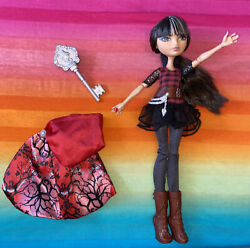 Ever After High----cerise Hood 1st Chapter----doll, Dress, Cape, Boots 50