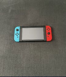 Nintendo Switch 32gb Neon Red/neon Blue Excellent Condition With Mario Cart