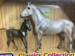 New Breyer Classics Collection Grey Thoroughbred and Dark Grey Foal Set