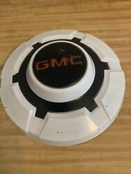 1967 - 1972 Gmc 3/4 To 1 Ton Pick Up Truck Dog Dish Hubcap White Very Good Oem