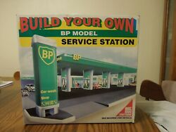 Build Your Own Bp Model Service Station Car Wash Toy Model/kit 1995 Edition