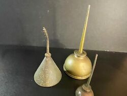 Lot Of 3 Antique Vintage Metal Thumb Pump Hand Oil Cans Oiler 5 6 And 8 Tall