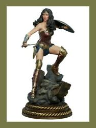 Wonder Woman Executive Limited Edition Premium Format By Sideshow -never Opened